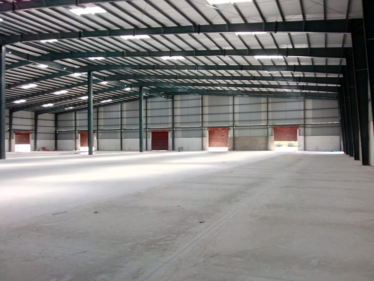 60000 Sq.Ft. Warehouse Available Near Redhills